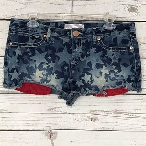 No Boundaries Jean Shorts Stars Frayed Raw Hem
